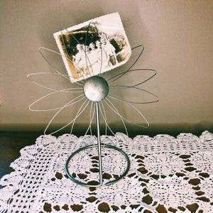Vintage Wire Flower Picture (Or Recipe) Holder